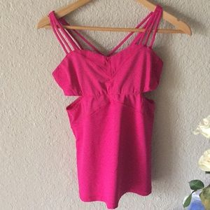 Lululemon side cut out tank size 8